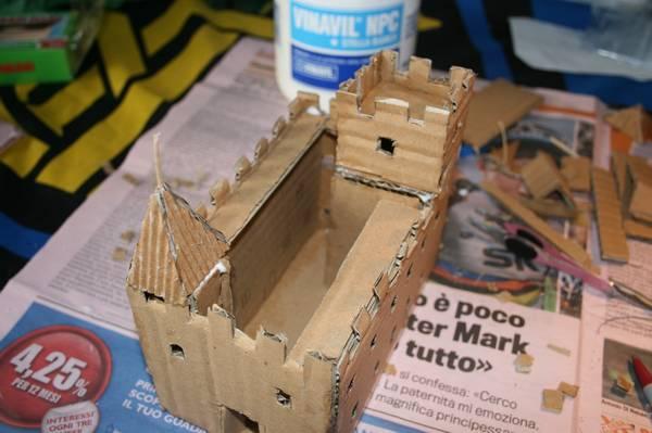 ... dei plastici_081 come realizzare un castello altoatesino in cartone