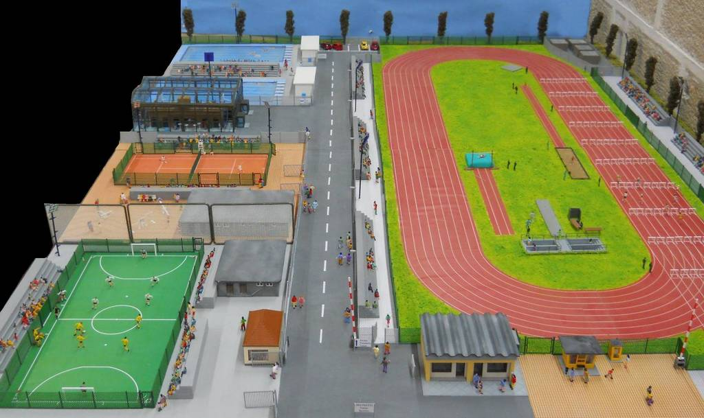 135 plastico ferroviario una giornata al centro sportivo for Centro sportivo le piscine