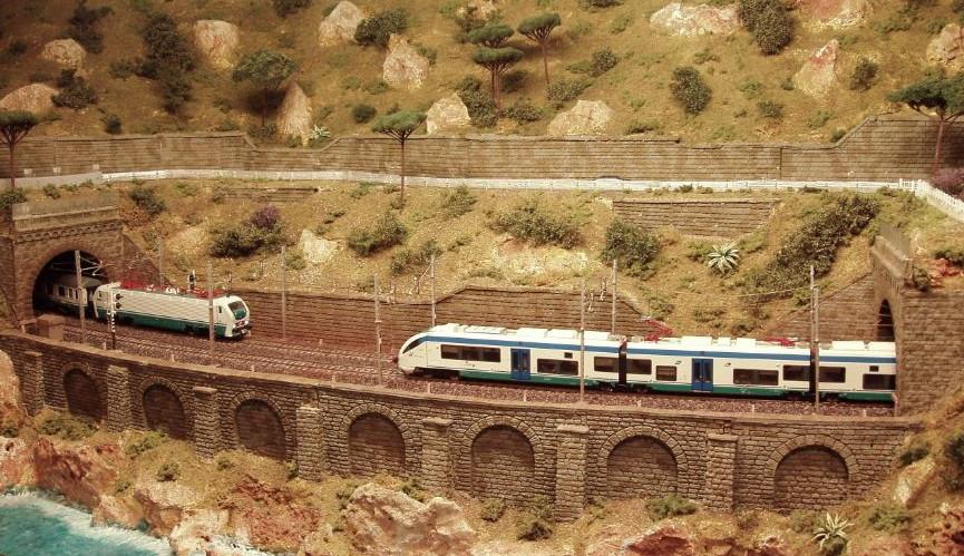 046 plastico ferroviario il plastico della liguria - Genova porta principe ...