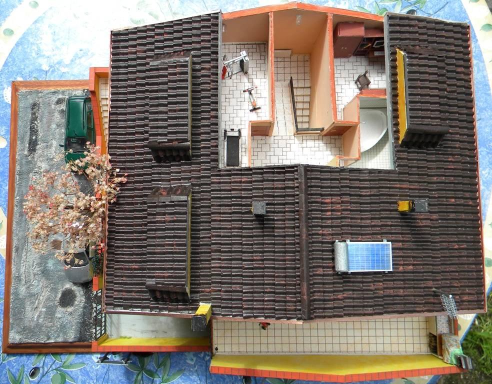 067 diorama la casa di valy e fede in scala 1 43 for Piani della casa sul tetto